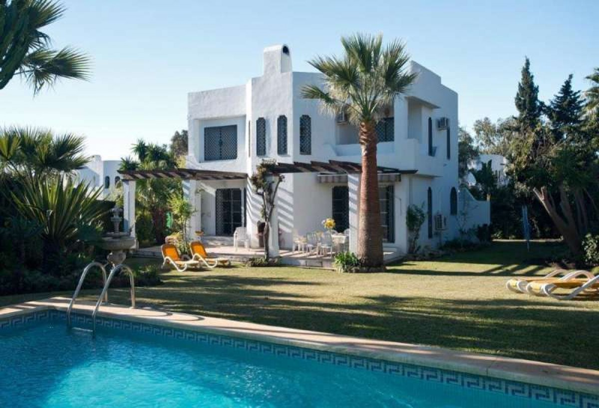 Villa for Sale<br> Nueva Andalucia