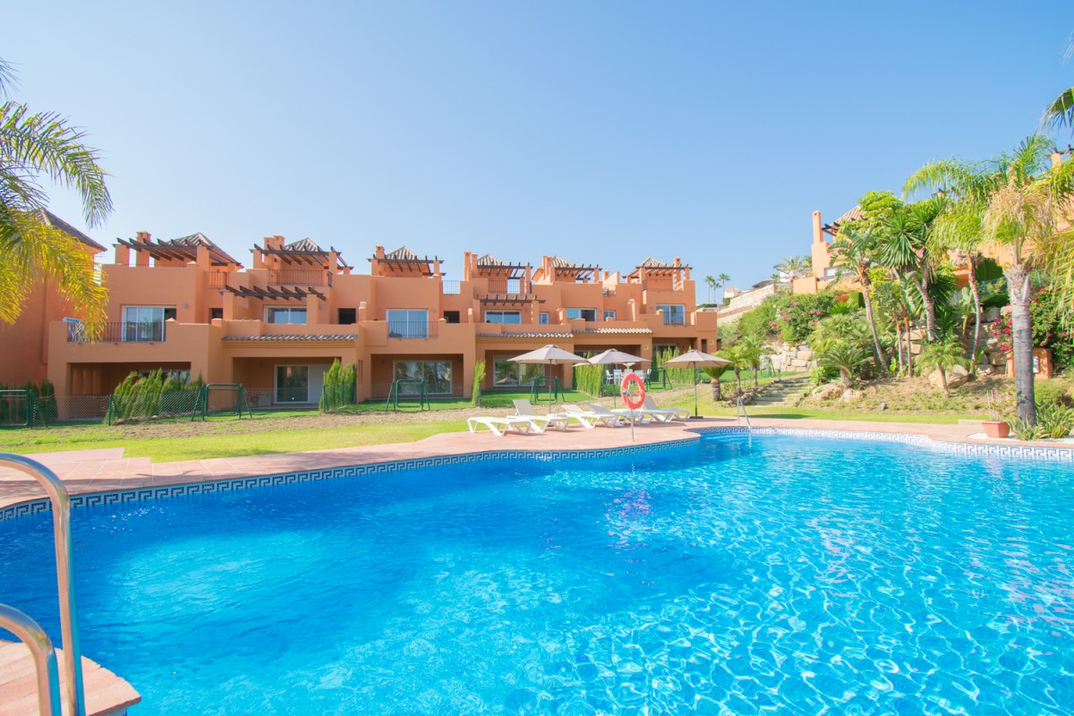 Apartment Duplex in Benahavis
